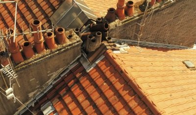 Analyse de toiture: dégâts sur cheminée