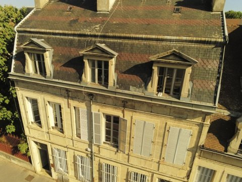Drone pour inspection de toiture = moins cher qu'une nacelle et passe partout! à DIJON